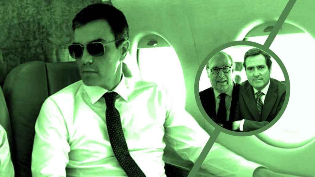 El presidente del Gobierno, Pedro Sánchez, y los presidentes del Círculo de Empresarios y la CEOE, John de Zulueta y Antonio Garamendi.