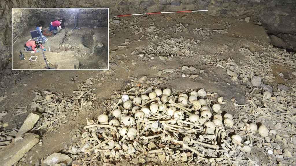Estado del Silo antes de la intervención y arriba a la izquierda los arqueólogos trabajando dentro del osario.