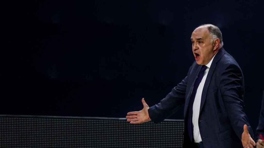 Pablo Laso protesta durante un partido de Euroliga