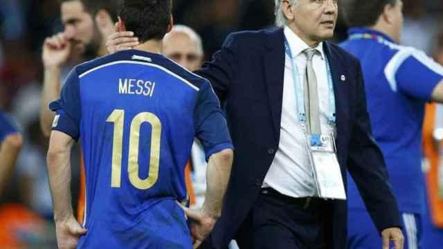 Leo Messi y Alejandro Sabella, en 2014