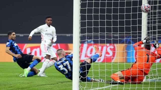 Rodrygo Goes, marcando al Inter de Milán