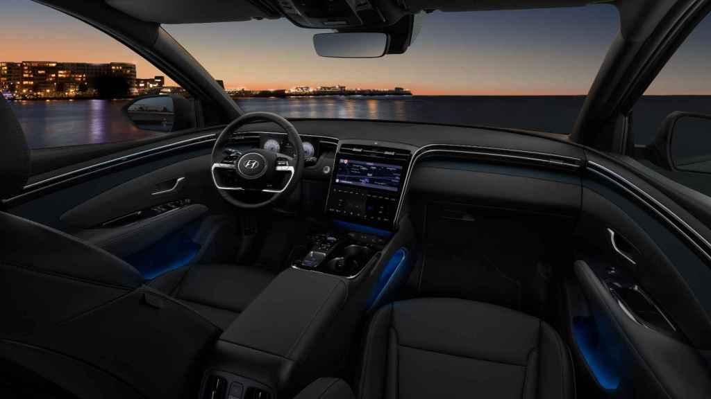 Interior del nuevo Hyundai Tucson, con iluminación personalizable.