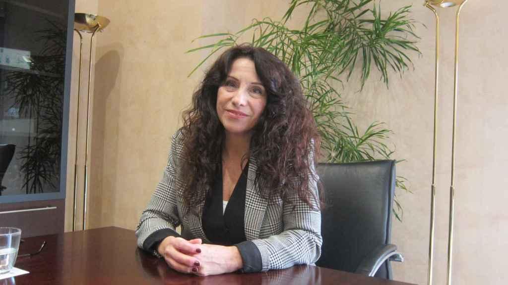 La consejera de Igualdad en Andalucía, Rocío Ruiz, en su despacho.