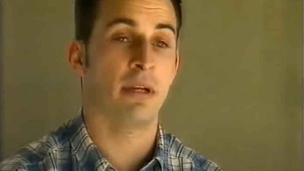 Una imagen de Santiago Abascal, de joven, durante una emisión del programa 'Informe Semanal'.