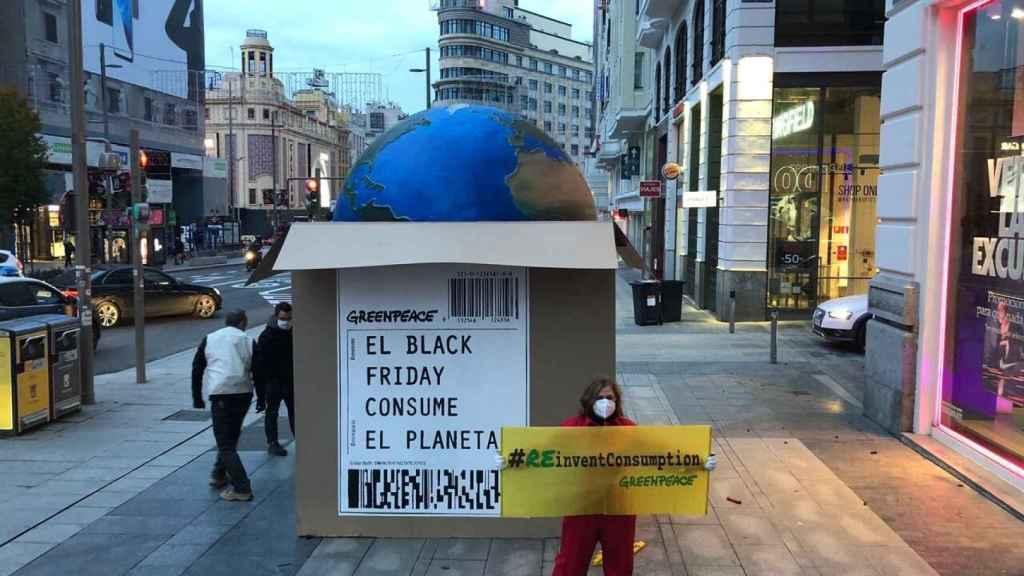 Acción 'El Black Friday consume el planeta'.
