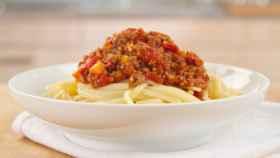 Un plato de espaguetis a la boloñesa.