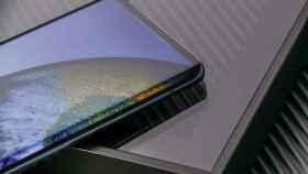 La realidad de los móviles de gama media de 800 euros