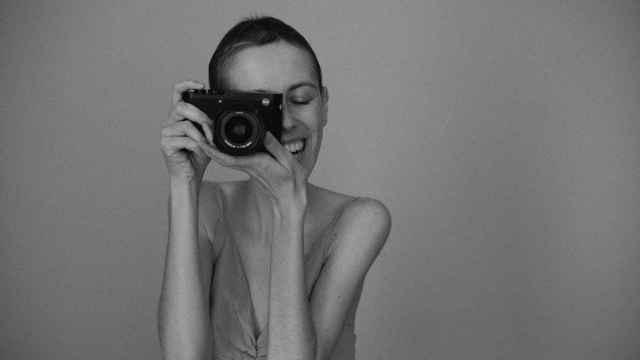 Autorretrato con la Leica regalada por James Rhodes.
