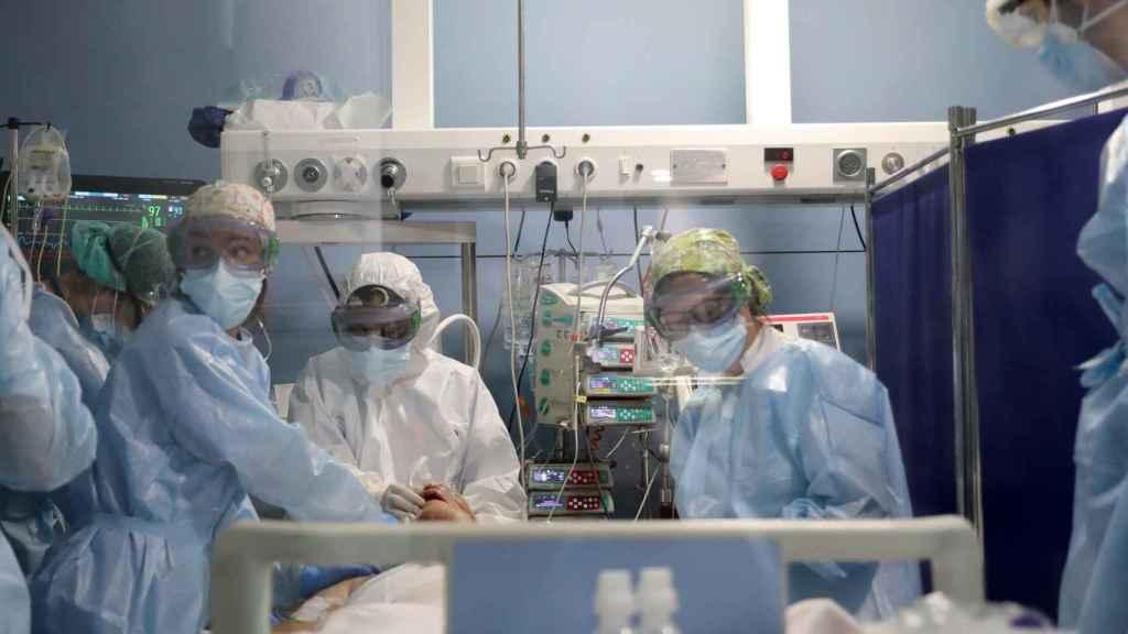 Una UCI en el  Hospital del Mar.