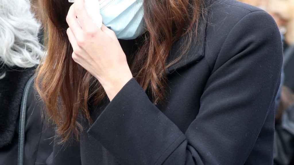 Irene Rosales en el funeral de su padre este pasado viernes.