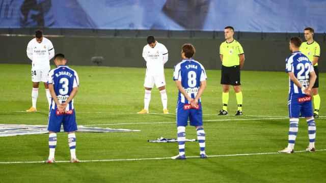 Minuto de silencio por Maradona en el Real Madrid - Alavés