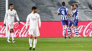 El Madrid no puede con el Alavés ni con los errores de Cordero Vega