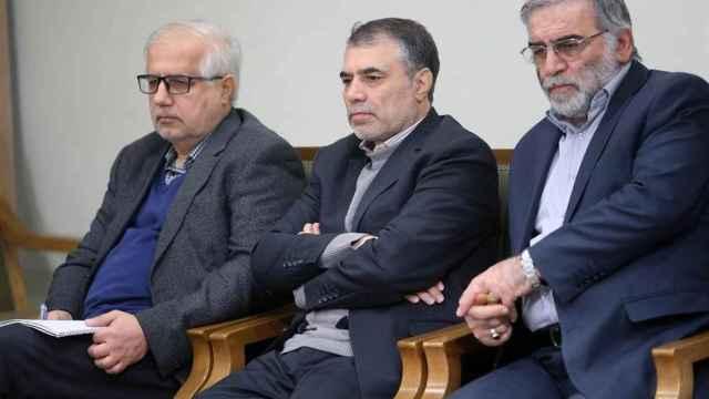El científico nuclear iraní Mohsen Fajrizadeh-Mahabadi (derecha).