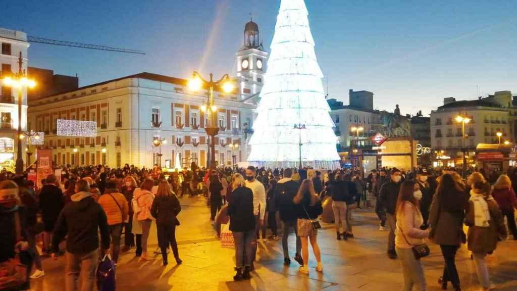 Imagen de la Puerta del Sol (Madrid) este domingo.