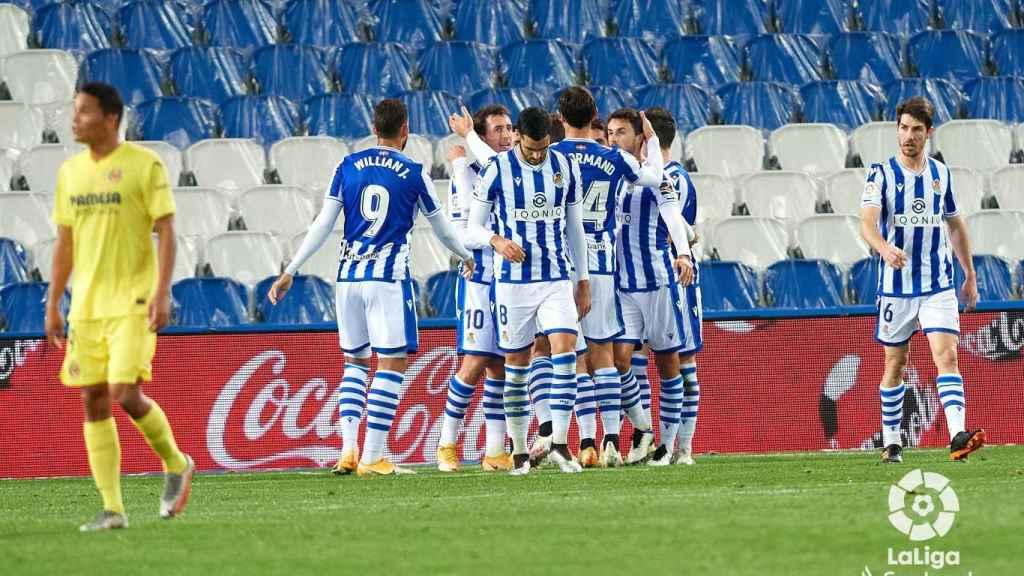 La Real Sociedad celebra el gol del empate ante el Villarreal
