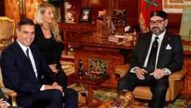 Pedro Sánchez, recibido en audiencia por el rey Mohamed VI en Rabat, cinco meses después de ser presidente.