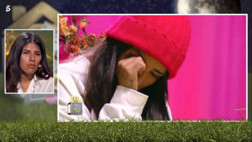 Isa Pantoja, sin poder contener las lágrimas, en 'La casa fuerte'.
