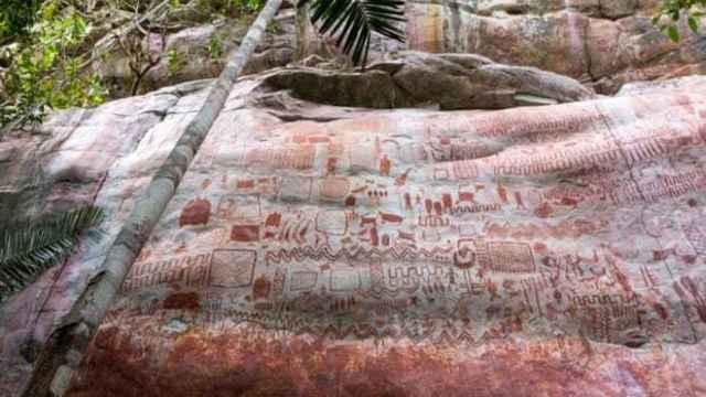 Una de las paredes de la selva amazónica con las pinturas recién descubiertas.