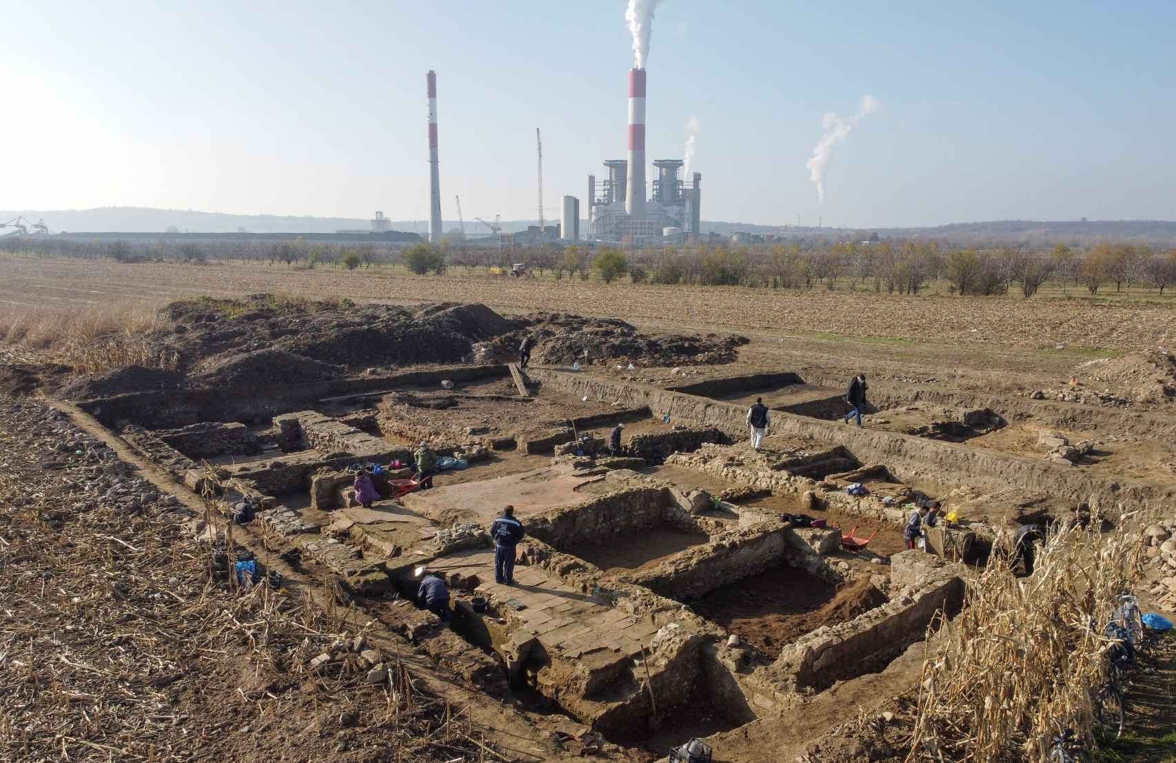 Una espectacular base romana hallada recientemente en Serbia.