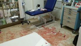Diego manchó con sangre a propósito el box y el material del Servicio de Urgencias del Centro de Salud Águilas-Norte.
