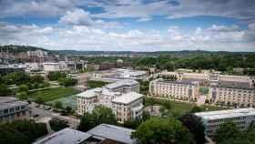 Universidad Carnegie Mellon.