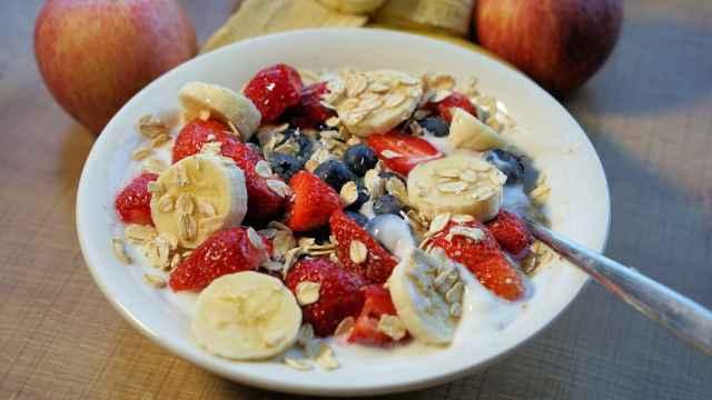 Los 5 alimentos 'sagrados' del desayuno perfecto: la recomendación de una médica de Harvard