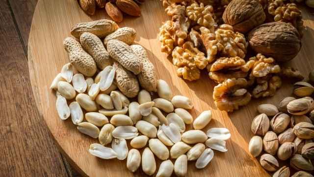 Nueces y otros frutos secos.