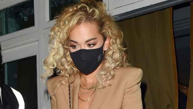 Rita Ora celebró una fiesta por su 30 cumpleaños que incumplió la normativa anti-Covid.