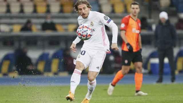 Luka Modric, en el Shakhtar Donetsk - Real Madrid de la Champions League