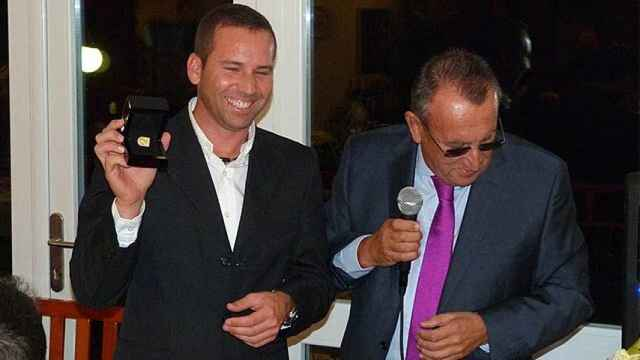Sergio García y Carlos Fabra, en una imagen de archivo. EE
