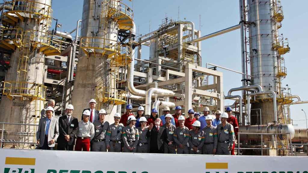 Petrobras prevé desinversiones por casi 30.000 millones de euros hasta 2025