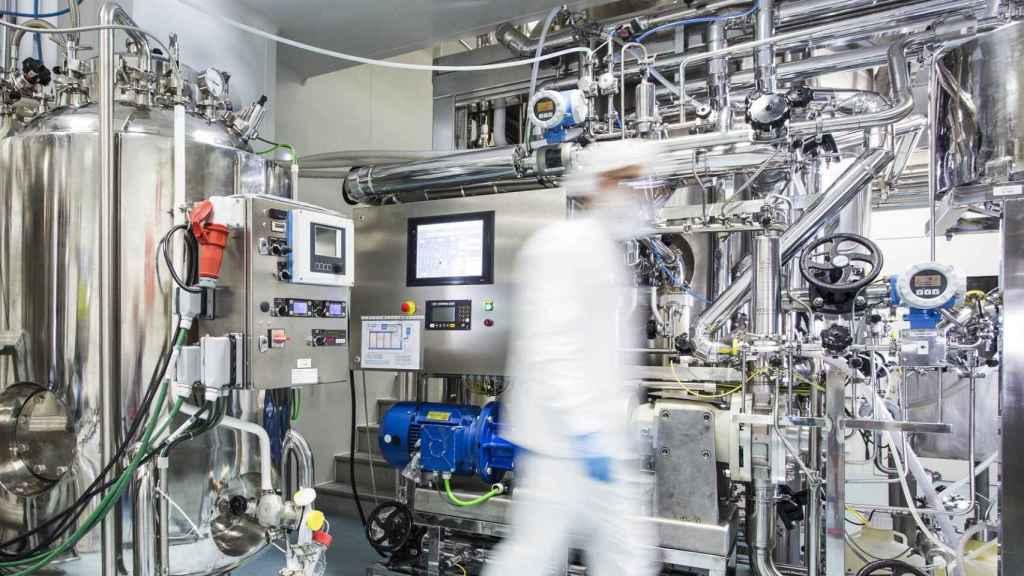 Interior de la fábrica de Biofabri, de Zendal, donde se hará la vacuna.