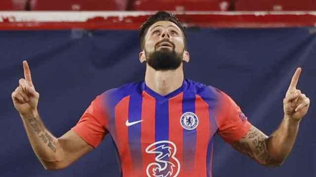 Giroud celebra su gol ante el Sevilla