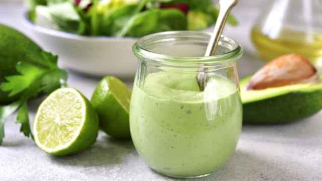 La mejor receta casera de mayonesa de aguacate