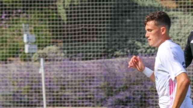David González, durante un partido del Real Madrid Juvenil. Foto: Twitter (@davidgb10_)