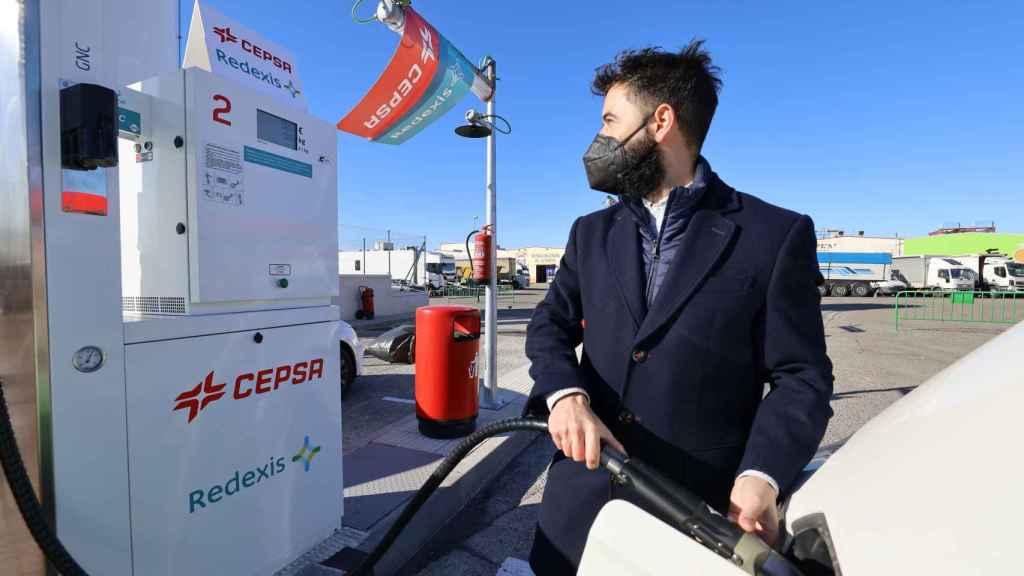 Cepsa y Redexis instalan una nueva estación de repostaje de gas vehicular en Zaragoza