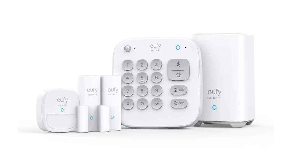 El kit de seguridad de Eufy incluye cinco dispositivos.