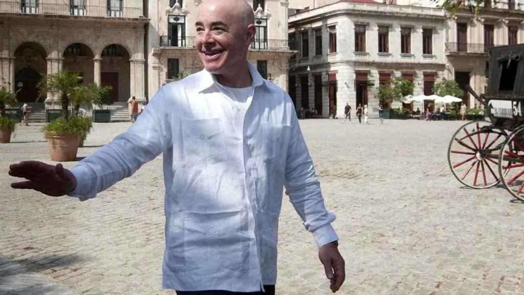 Alejandro Mayorkas en su visita a Cuba en 2015.