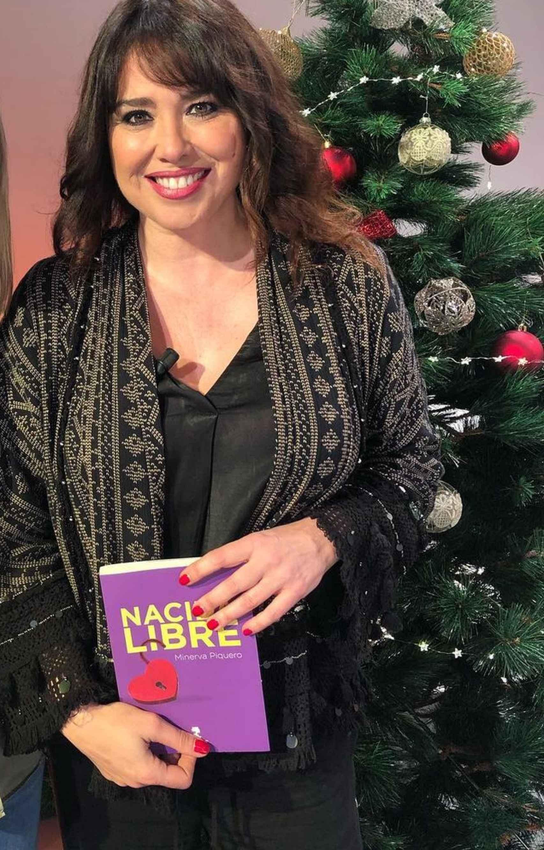 Piquero lanzó su primera novela en octubre de 2019, 'Nacida Libre'.