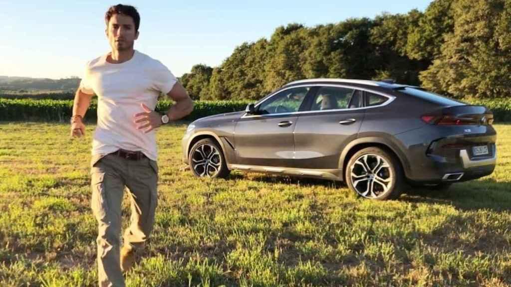 El actor Álex González conduce actualmente un BMW X4.