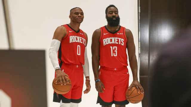 Russell Westbrook y James Harden, con los Houston Rockets