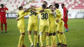 El Villarreal celebra su gol en Europa League