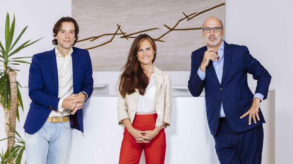 Luis Samaranch, director de Marketing de Circular-Lab; Dra. María Fé Paz, presidenta de Circular-Lab, y Andrés Ballesteros, Director de Negocios de Circular-Lab.