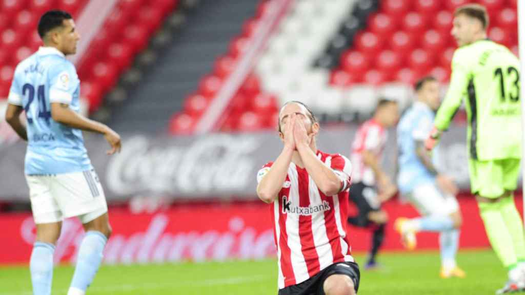 Muniain se lamenta de una jugada fallada por el Athletic