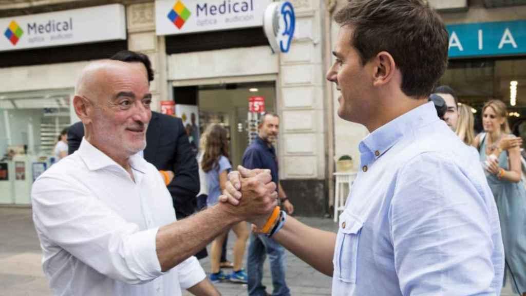 Nicolás de Miguel con Albert Rivera en el País Vasco, donde fue candidato a lehendakari.