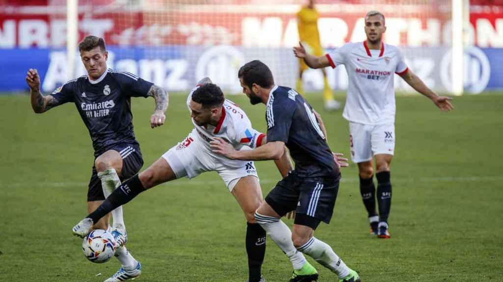 Nacho y Kroos presionan a Ocampos