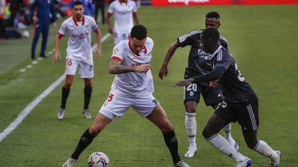 Mendy y Vinicius presionan a Ocampos