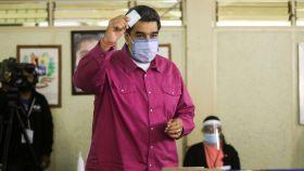 Nicolás Maduro votando el domingo 06 de diciembre.