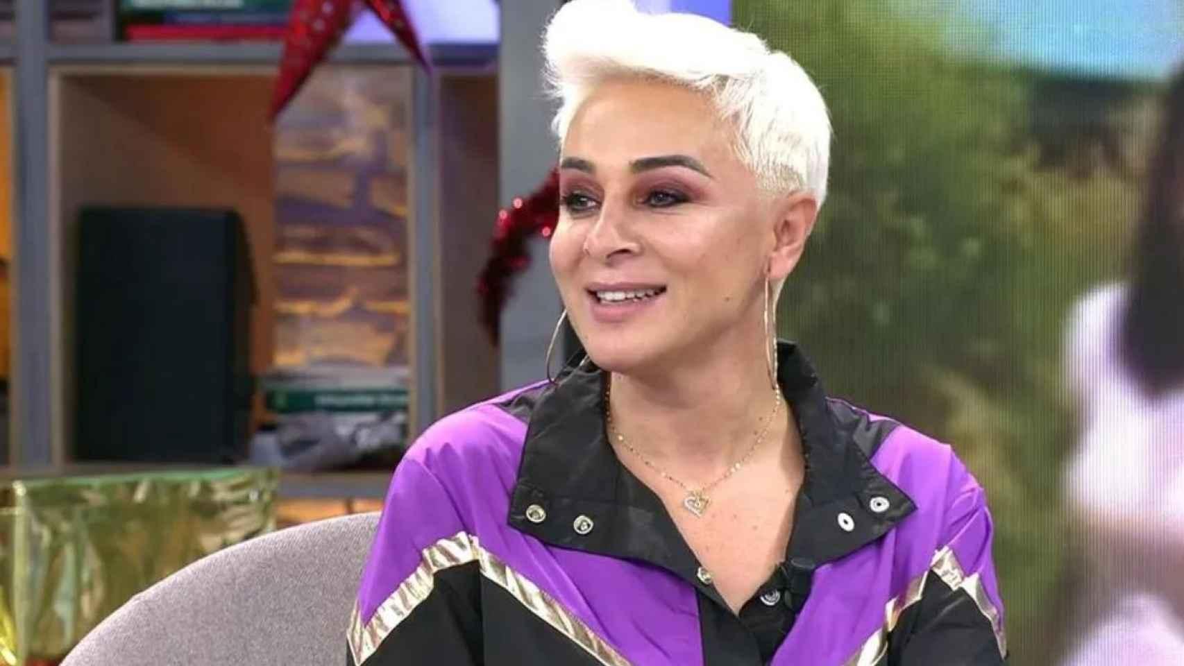 Ana María Aldón durante su debut en 'Viva la vida'.