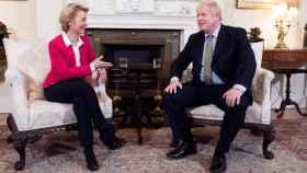 Ursula von der Leyen y Boris Johnson, durante una reunión en Londres a principios de año